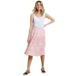 Country To Coast Pleated Floral Skirt Pink White